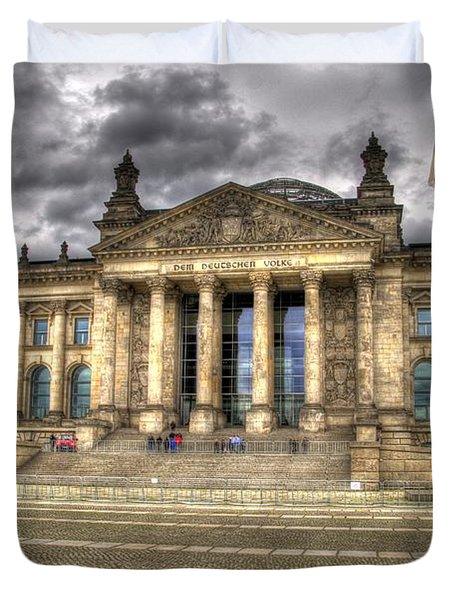 Reichstag Building  Duvet Cover by Jon Berghoff