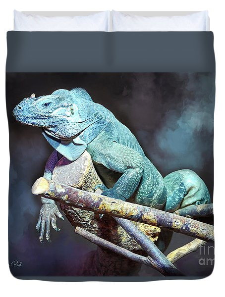 Duvet Cover featuring the photograph Relaxation by Jutta Maria Pusl