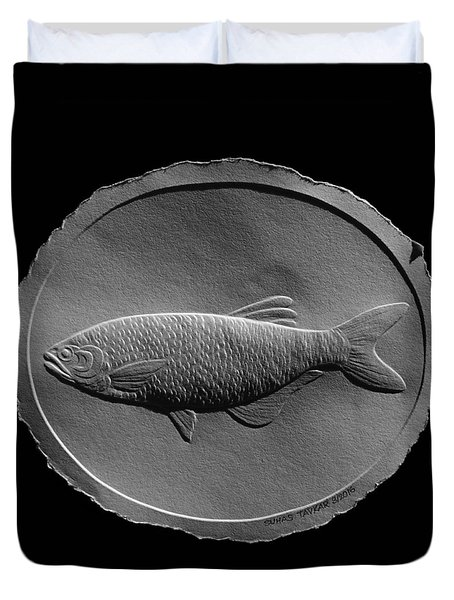 Relief Drawing Of A Freshwater Fish Duvet Cover by Suhas Tavkar