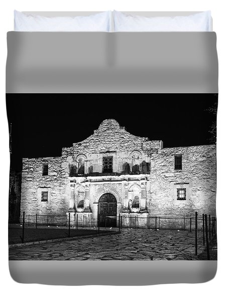 Remembering The Alamo - Black And White Duvet Cover by Stephen Stookey