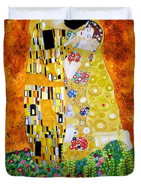 Reproduction Of The Kiss By Gustav Klimt Duvet Cover