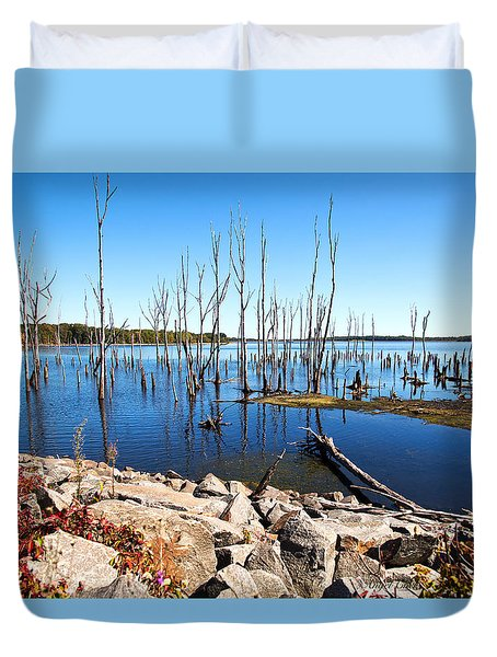 Duvet Cover featuring the photograph Reservoir by Angel Cher
