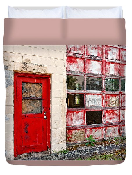Duvet Cover featuring the photograph Retired Garage by Christopher Holmes