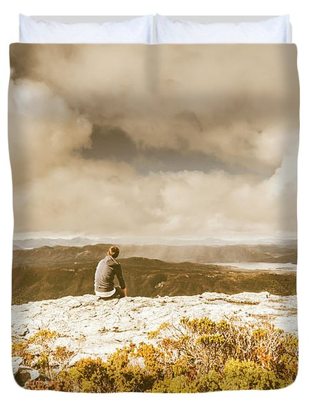 Retro Mountaintop Views Duvet Cover