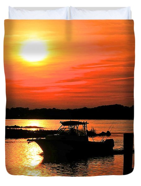 Return At Sunset Duvet Cover