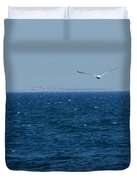 Duvet Cover featuring the digital art Return To The Isle Of Shoals by Barbara S Nickerson