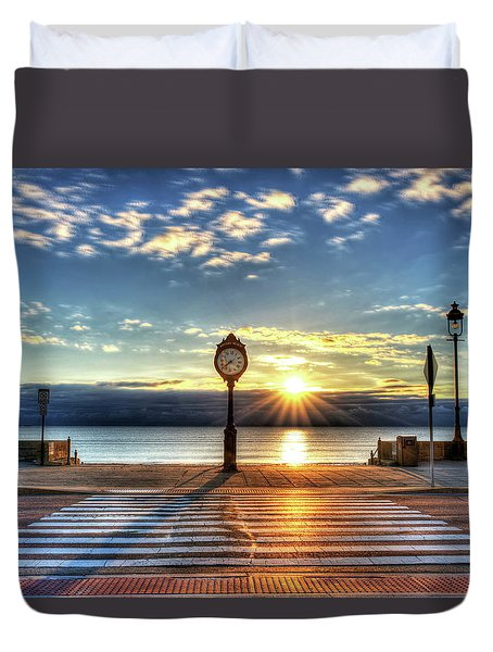 Revere Beach Clock At Sunrise Angled Long Shadow Revere Ma Duvet Cover