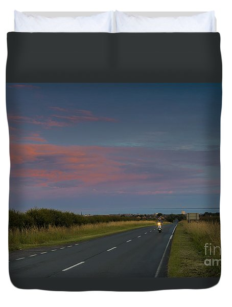 Riding Into The Sunset Duvet Cover by David  Hollingworth