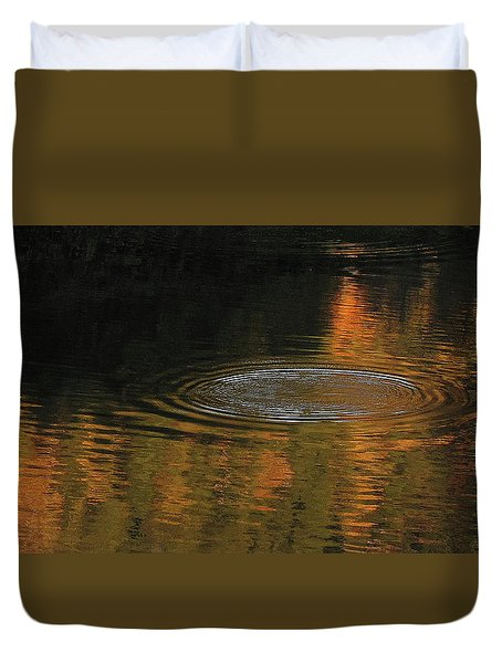 Rings And Reflections Duvet Cover by Suzy Piatt