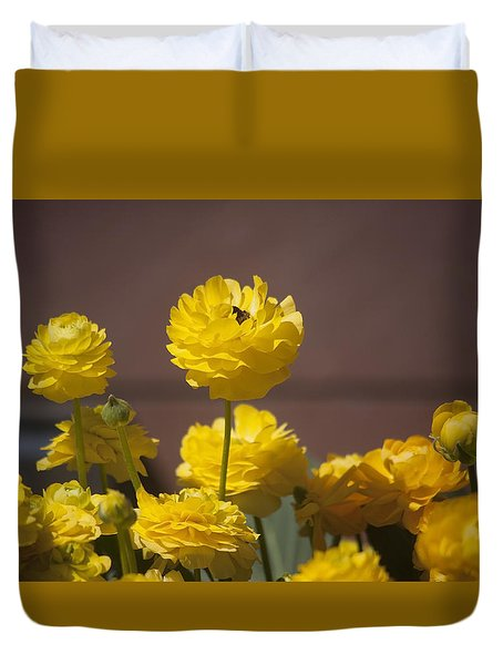 Rising Above The Crowd Duvet Cover