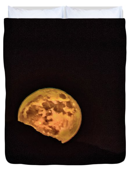 Duvet Cover featuring the photograph Rising Supermoon by Robert Bales
