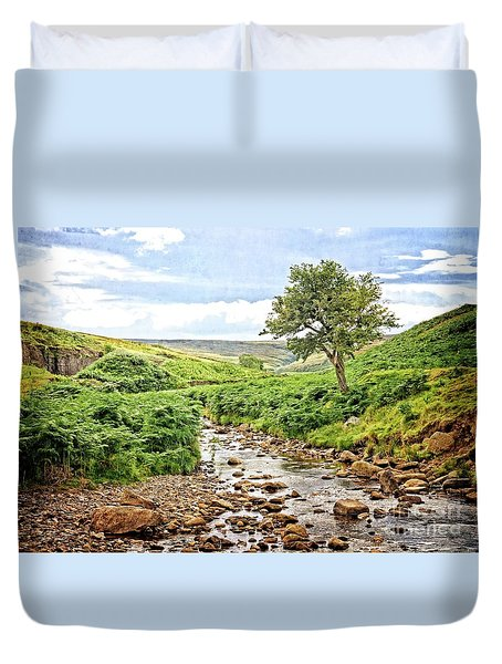 River And Stream In Weardale Duvet Cover