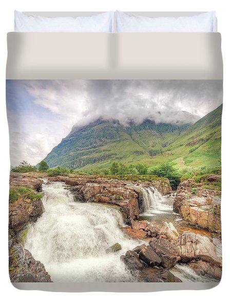 River Coe And Bidean Nam Bian Duvet Cover by Ray Devlin