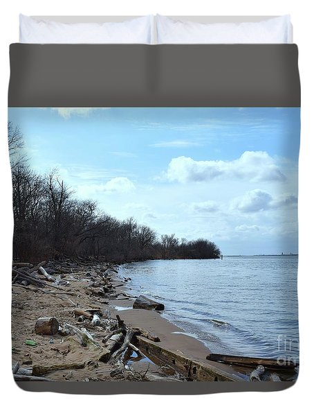 Delaware River Shoreline Duvet Cover