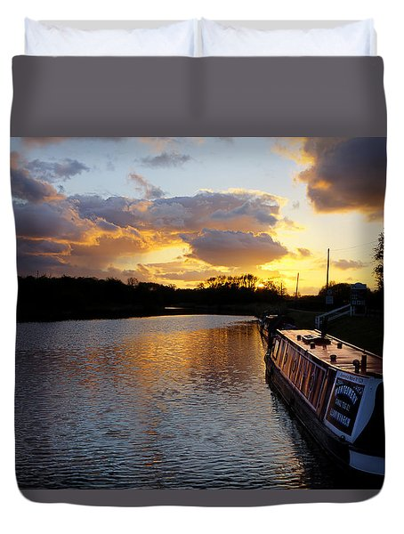 River Sunset Duvet Cover by Phil Tomlinson