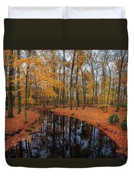 River Through Autumn Duvet Cover