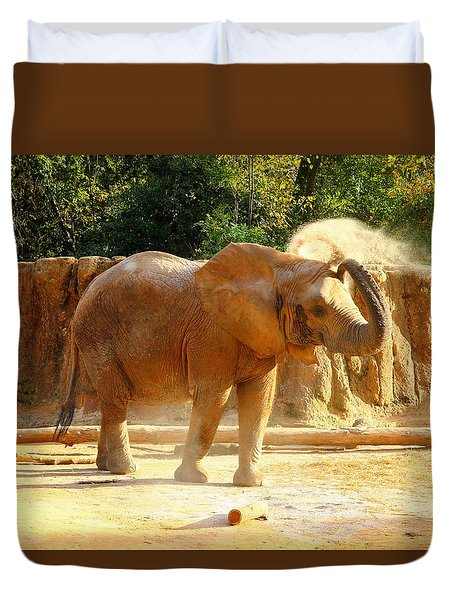 Duvet Cover featuring the photograph Riverbanks Zoo 2011 E by Joseph C Hinson Photography