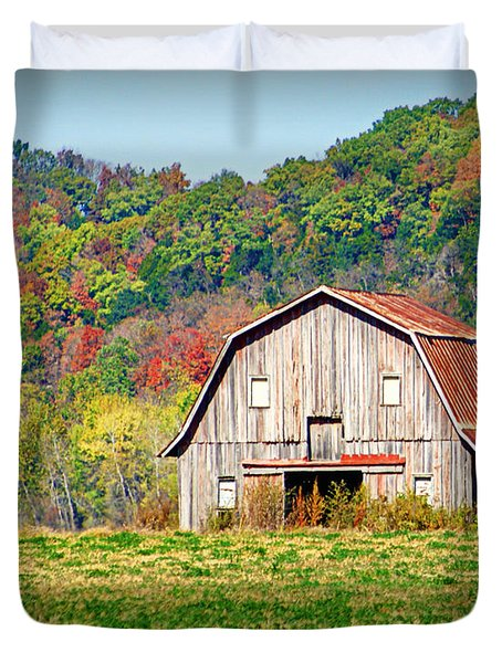 Riverbottom Barn In Fall Duvet Cover by Cricket Hackmann