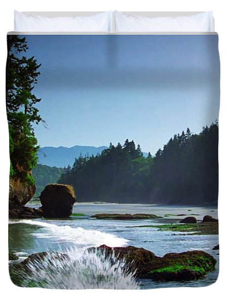 Rivers And Lakes Around Olympic National Park America Duvet Cover