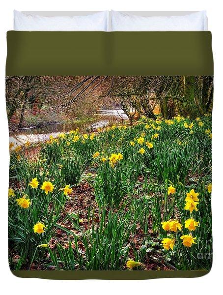 Riverside Daffodils In Spring Duvet Cover