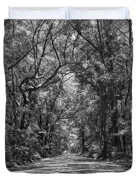 Road To Angel Oak Grayscale Duvet Cover