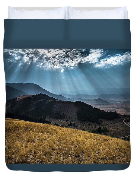 Road To Curtis Canyon Duvet Cover