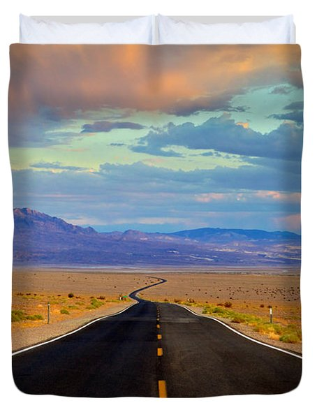Road To The Dreams Duvet Cover