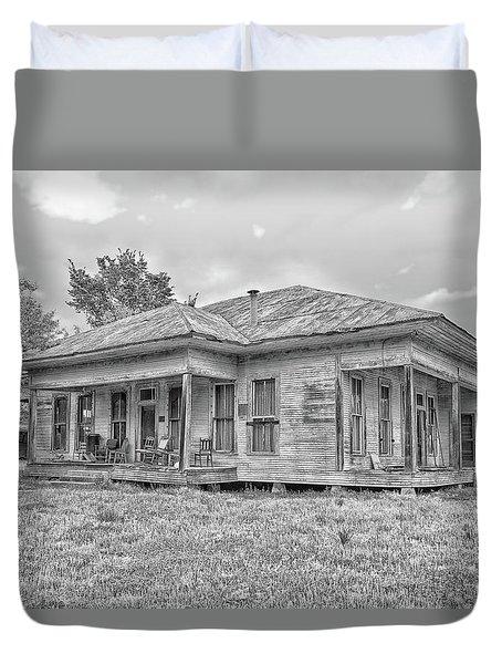 Roadside Old House Duvet Cover