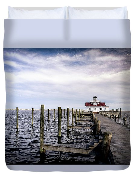 Roanoke Lighthouse - Manteo North Carolina Duvet Cover