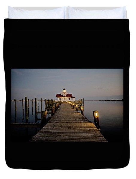 Duvet Cover featuring the photograph Roanoke Marshes Lighthouse by David Sutton