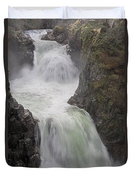 Roaring River Duvet Cover by Randy Hall