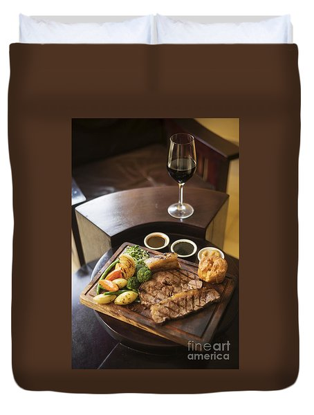 Roast Beef And Vegetables Classic British Meal Duvet Cover
