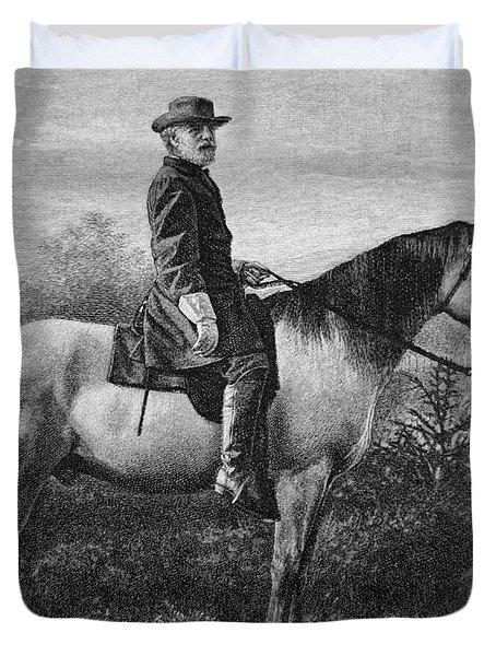 Robert E Lee On His Horse Traveler Duvet Cover