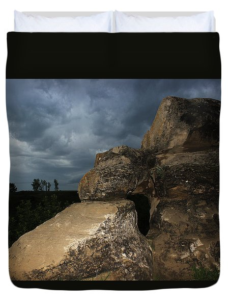 Duvet Cover featuring the photograph Roche Percee Peak by Ryan Crouse