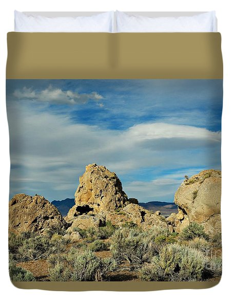 Duvet Cover featuring the photograph Rock Formations At Pyramid Lake by Benanne Stiens