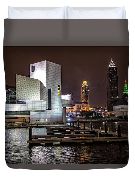 Rock Hall Of Fame And Cleveland Skyline Duvet Cover