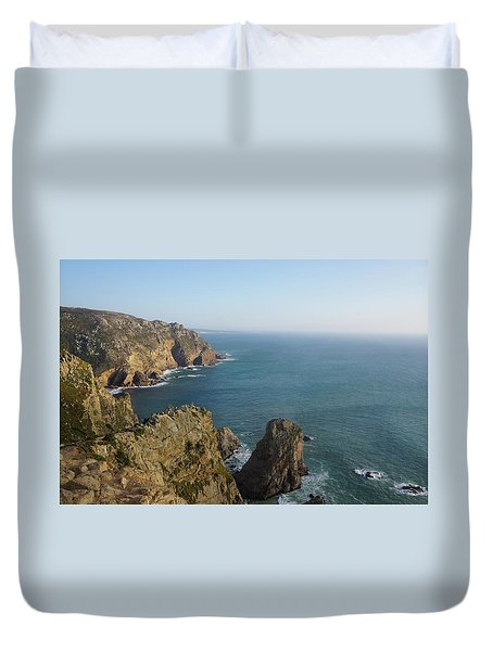 Rocks Near To Cabo Da Roca Duvet Cover