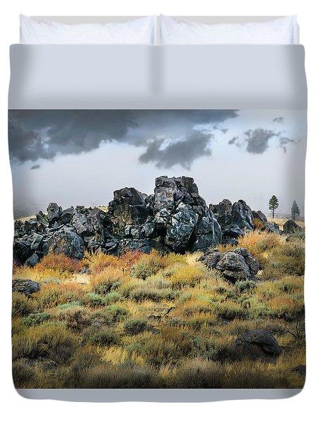 Rock Outcrop Duvet Cover by Frank Wilson