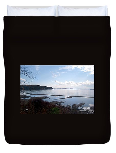 Duvet Cover featuring the photograph Rock Point North View Horizontal by Felipe Adan Lerma