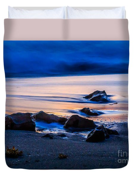 Duvet Cover featuring the photograph Rock Reflections by Darleen Stry