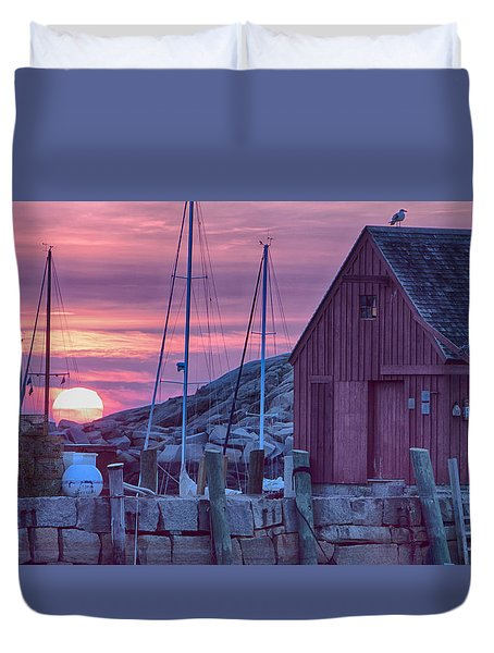 Duvet Cover featuring the photograph Rockport Motif1 At Sunrise by Jeff Folger