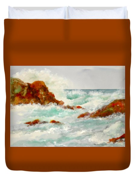 Rocks And Ocean Duvet Cover