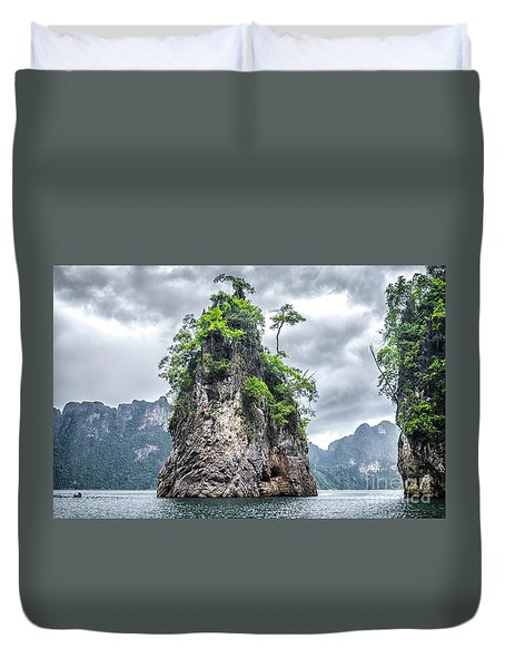 Rocks At Khao Sok Duvet Cover