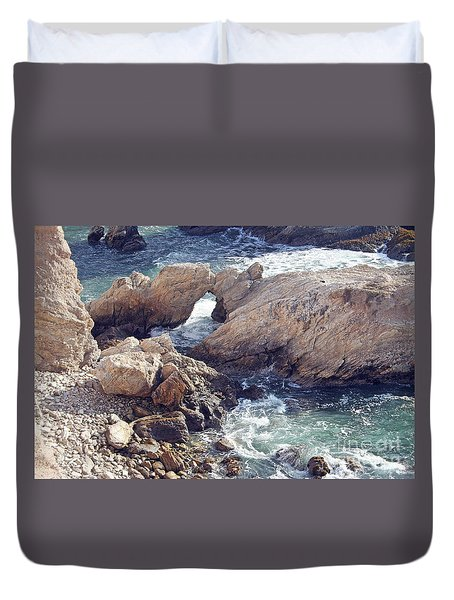 Rocks At Montana De Oro Duvet Cover