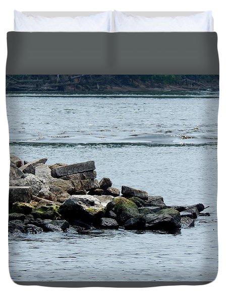 Rocks Wingdam And River Duvet Cover