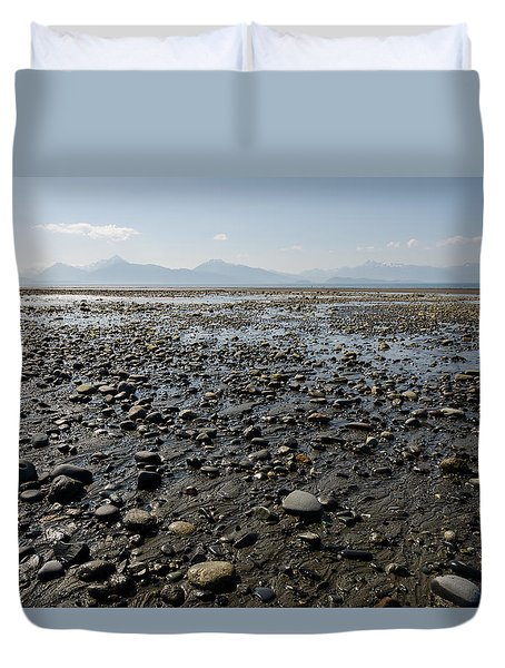 Rocky Beaches Of Alaska Duvet Cover