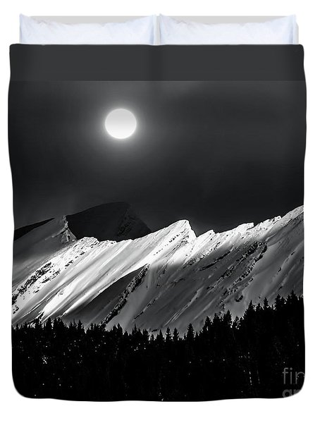 Rocky Mountains In Moonlight Duvet Cover by Elaine Hunter