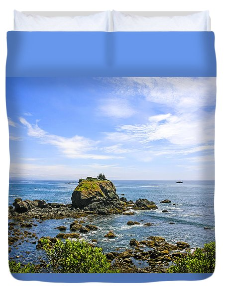 Rocky Pacific Coastline Duvet Cover