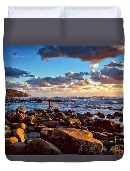 Rocky Surf Conditions Duvet Cover