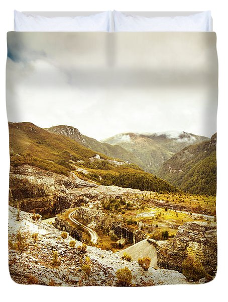 Rocky Valley Mountains Duvet Cover